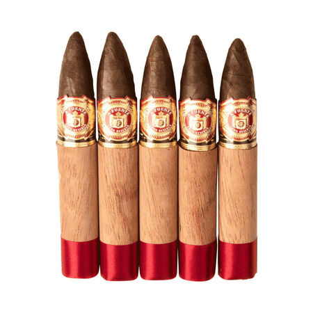 "Queen ""B"", , seriouscigars"