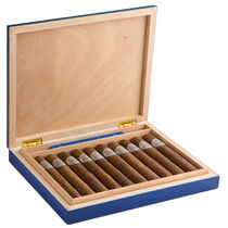 Gigante with Limited Edition Humidor, , large